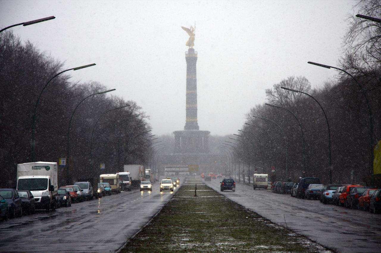 Siegessäule in Snow.