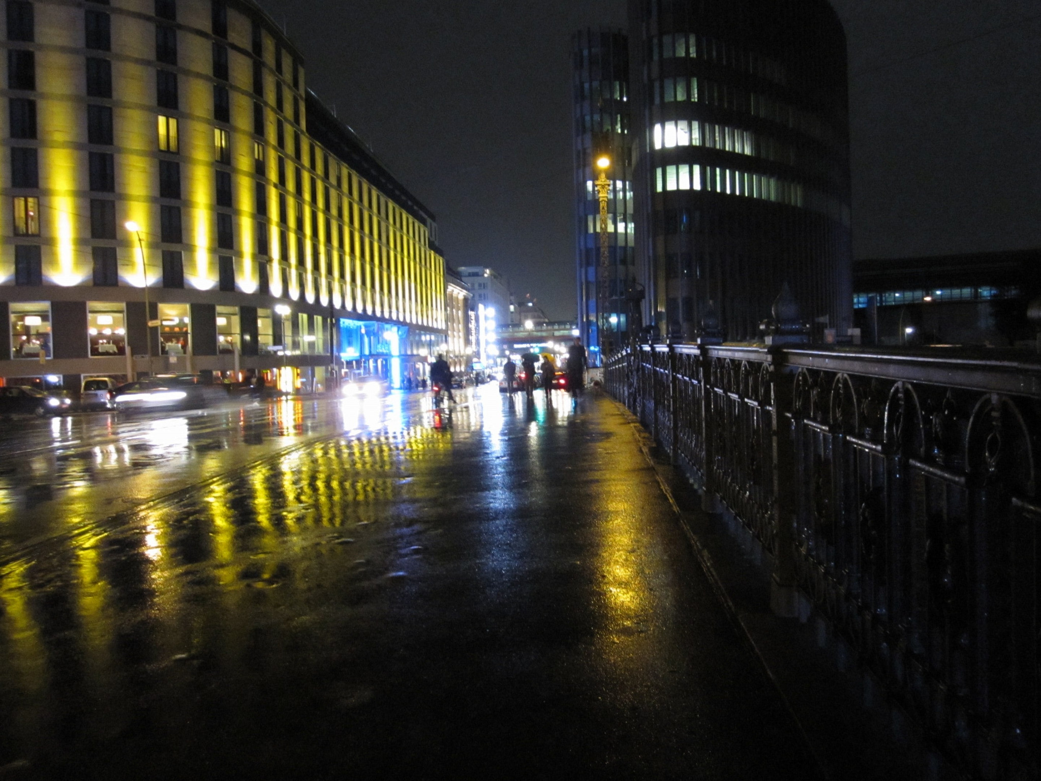 Friedrichstraße by night