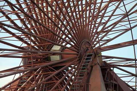 Spreepark wheel by Scott Joyce