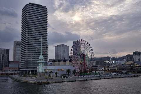 Kobe harbour by Scott Joyce