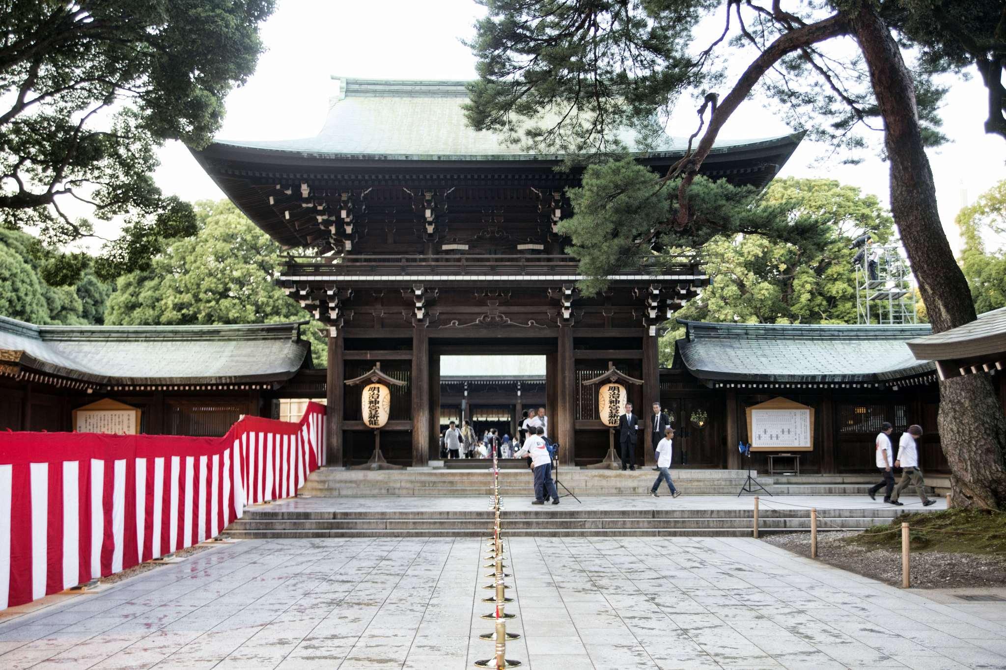 The offering hall of Meiji Jingu