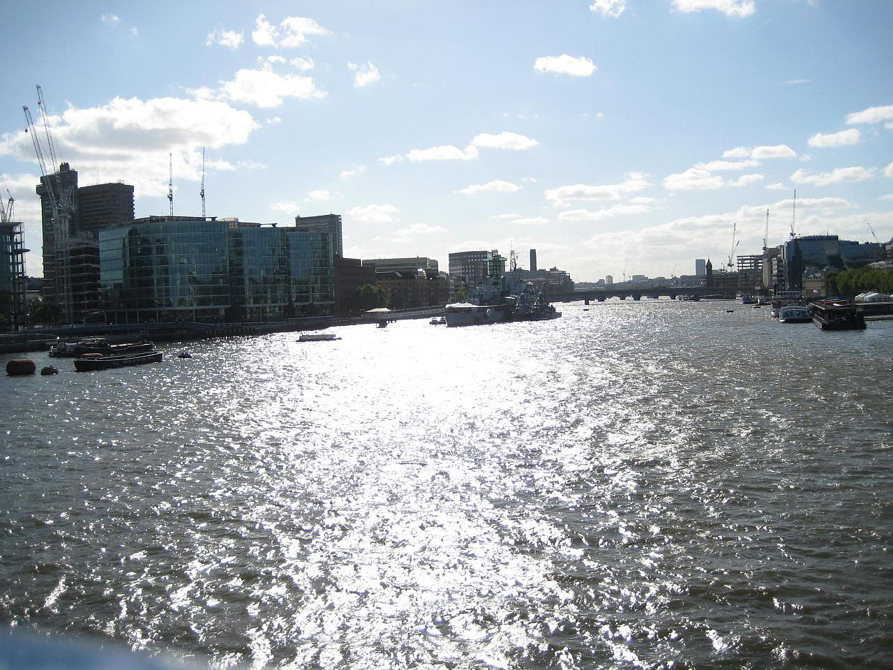 Shoot along the Thames