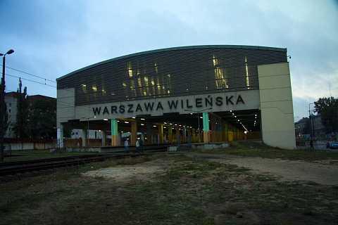 Warsaw station by Scott Joyce