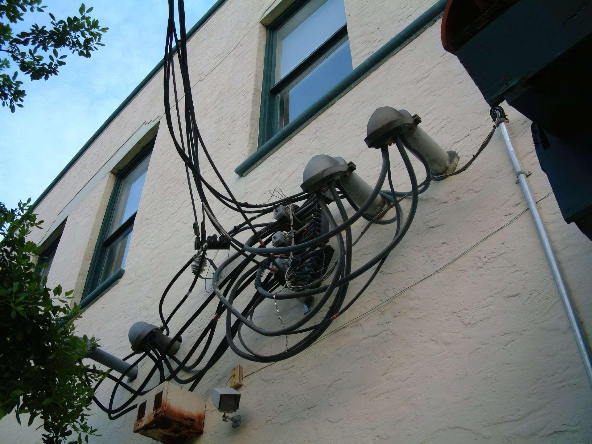 Haphazard wires
