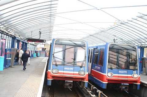 Limehouse station by Scott Joyce
