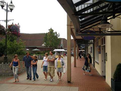 Glastonbury 2007 103 by Scott Joyce