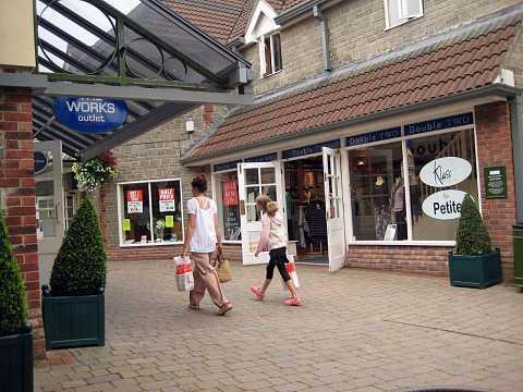 Glastonbury 2007 095 by Scott Joyce