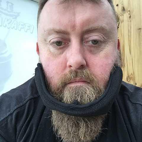 Not sure David's beard shield suits me... #icelandadventure by Scott Joyce
