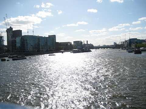 Shoot along the Thames by Scott Joyce