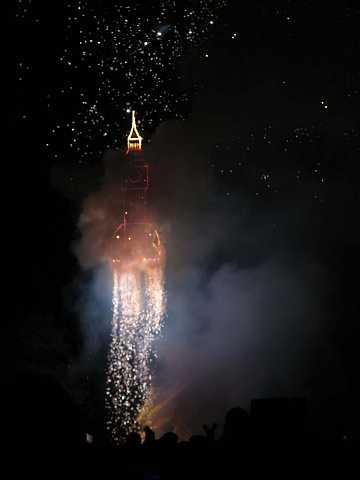fireworks 193 by Scott Joyce