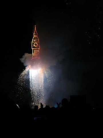 fireworks 191 by Scott Joyce