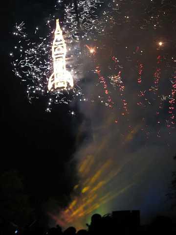 fireworks 195 by Scott Joyce