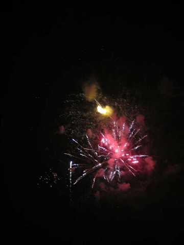 fireworks 277 by Scott Joyce
