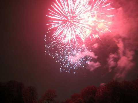 fireworks 304 by Scott Joyce